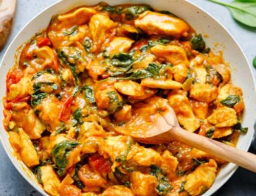 Indiase curry met kip en bloemkoolrijst