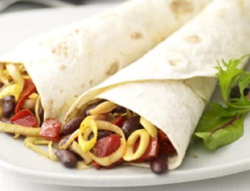 Fajita's met vleesreepjes, groente en kidneybonen